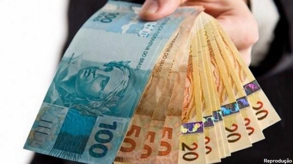 AÇÃO POR ABUSO EM EMPRÉSTIMOS CONSIGNADOS CONDENA 11 BANCOS A PAGAR TOTAL DE R$ 11 MILHÕES