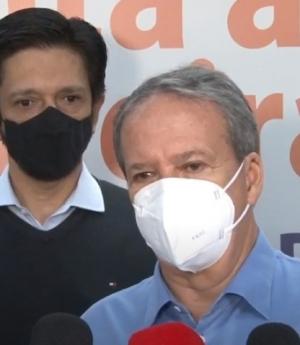 Na rodoviária do Tietê, prefeito Ricardo Nunes diz que estudo mostra que variante indiana coronavírus não circula na cidade de São Paulo