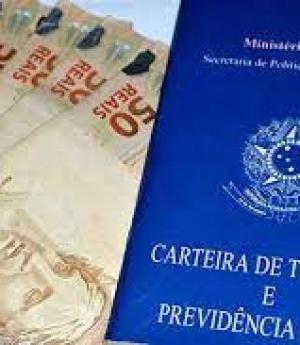 Dinheiro curto: famílias atrasam contas e têm dificuldade para bancar despesas