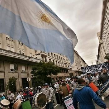 http://www.fttresp.org.br/noticia/greve-nacional-do-setor-de-transportes-paralisa-a-argentina
