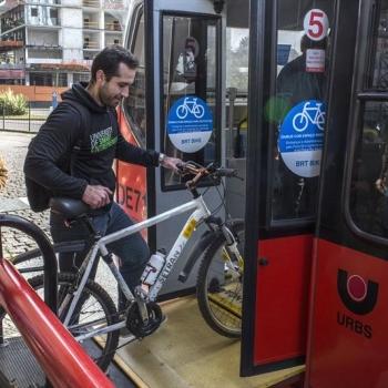 http://www.fttresp.org.br/noticia/comissao-da-camara-dos-deputados-aprova-suporte-para-transportar-bicicletas-em-onibus-urbanos