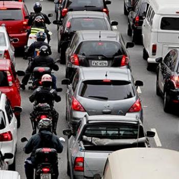 http://www.fttresp.org.br/noticia/mudanca-no-codigo-de-transito-e-aprovada-e-regulamenta-corredor-de-motos